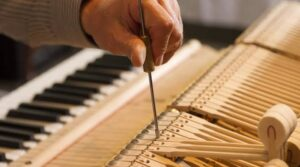 How Much Does It Cost To Tune A Piano In 2021
